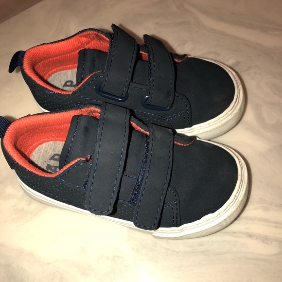 GAP Baby Toddler Boy Size US 9 Navy Blue White Striped Slip-On Sneakers Shoes